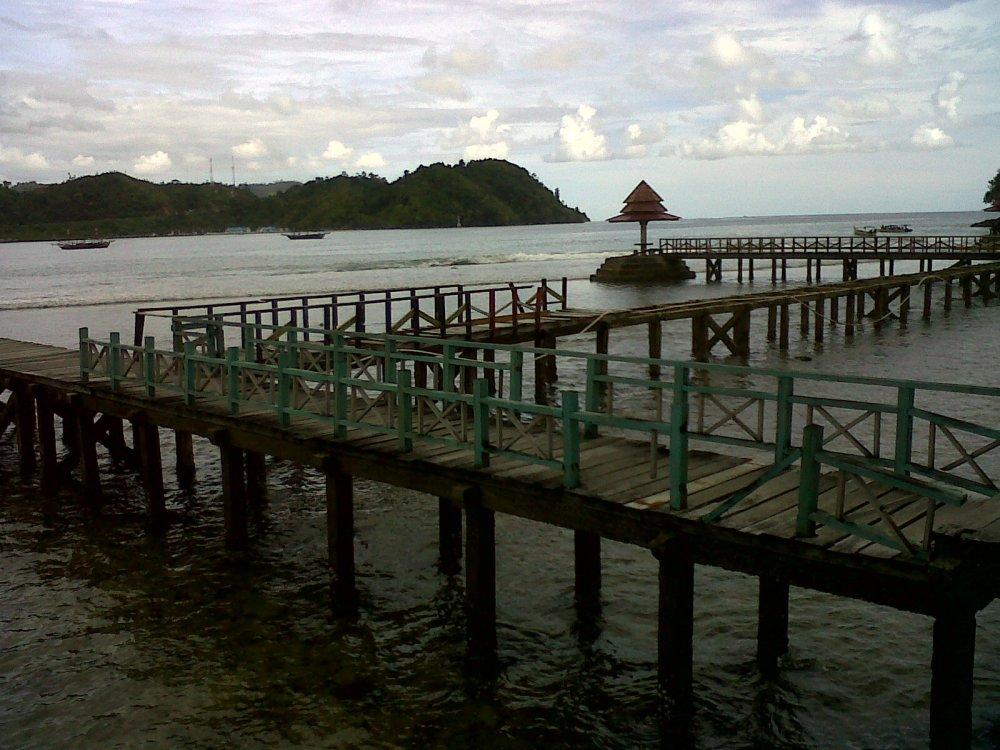 Berpetualang di bumi Sumatera Barat (1): Pantai Carocok, Painan (3/4)
